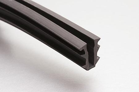 Prodotti at tessiter srl guarnizioni e fermavetro per porte finestre e zanzariere accessori - Guarnizioni finestre alluminio ...